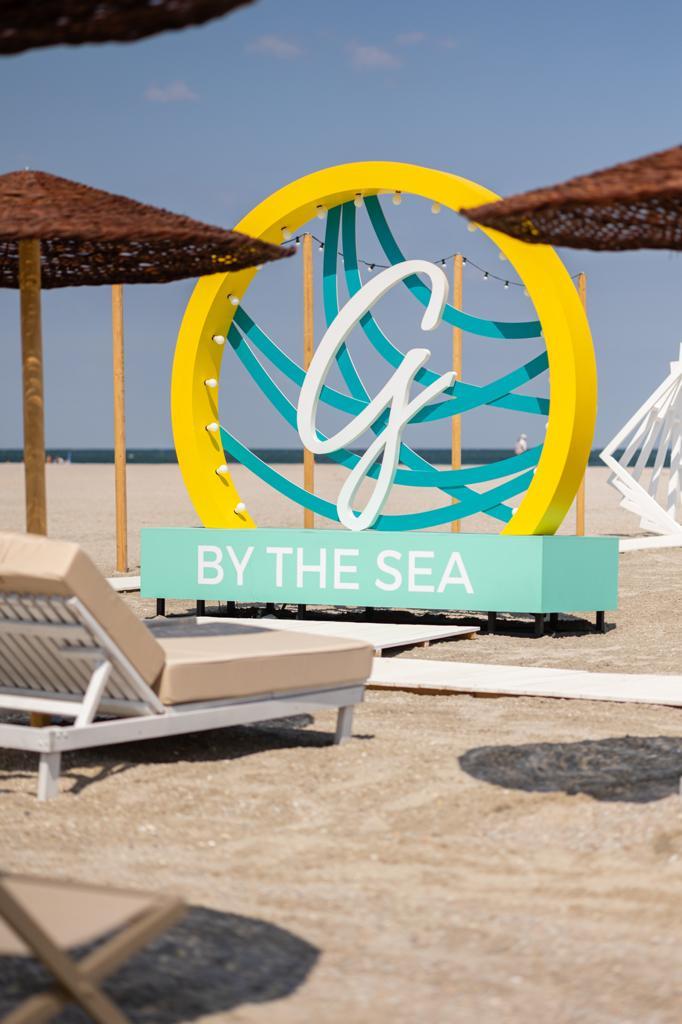 S-a deschis Glamour by the sea, pe Bulevardul Mamaia, in fata Hotelului Palas Pelican